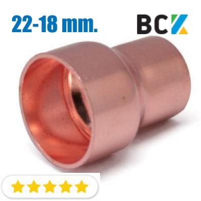 Муфта переходная 22 х 18 мм переходник соединитель редукционный медный метрический под пайку