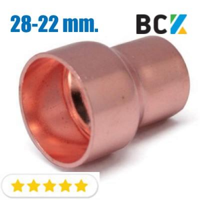 Муфта переходная 28 х 22 мм переходник соединитель редукционный медный метрический под пайку