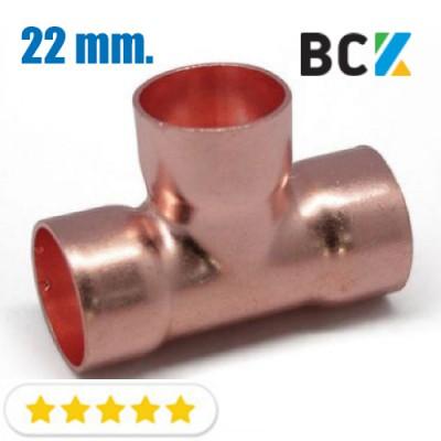 Тройник 22 мм соединитель отвод медный метрический под пайку